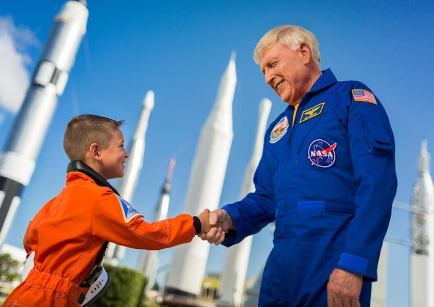 KGS - Kennedy Space Center and Dine with Astronaut